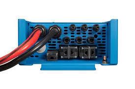 Victron EasySolar Inverter/Charger/Solar 12V or 24V/1600W